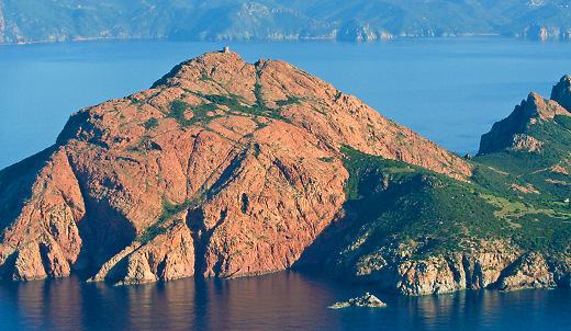 Promenade en bateau depuis Porto en Corse avec Alpana